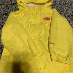 The north face light jacket/rain 2T